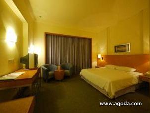 Premier Hotel Executive Suite