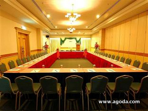Paramount Hotel Meeting Room